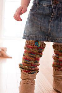 Cozy Crawlers Leg Warmers :: Free #crochet leg warmers patterns for kids!