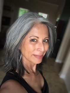 Gray hair don't care. Salt and pepper gray hair. - Gray hair don't care. Salt and pepper gray hair. Grey Hair Don't Care, Grey Ombre Hair, Long Gray Hair, Silver Grey Hair, White Hair, Gray Hair Highlights, Natural Highlights, Grey Hair Model, Grey Hair Journey