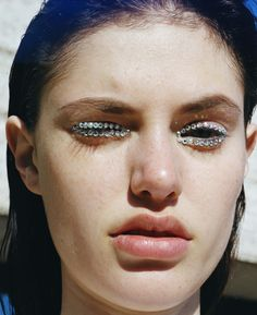 Alexandra Binaris styled by Miyuki Uesugi for Elle Japan - Louis... - alice rosati photography