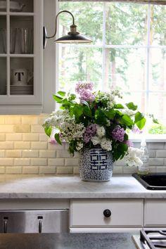Kitchen blooms