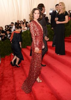 Rose Byrne in Calvin Klein at the 2015 Met Ball // #style