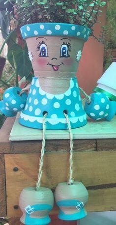Flower Pot Art, Clay Flower Pots, Flower Pot Crafts, Clay Pots, Clay Pot Projects, Clay Pot Crafts, Diy And Crafts, Flower Pot People, Clay Pot People