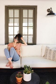 New Darlings - Our Backyard Lounge Area: The Reveal with @havenly - Before and After Photos