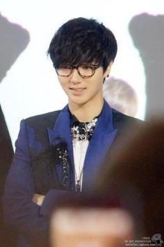 ♥ ♥ ♥ amazing vioce he have yesung
