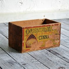 Cinnamon Advertising Box, $66, now featured on Fab.