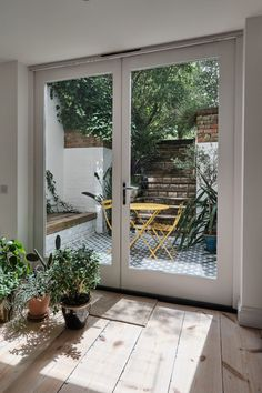Richmond Road, London E8 - Aucoot Home, Brick And Wood, London Apartment, One Bedroom Flat, Apartment, New Homes, Victorian Townhouse, Basement Apartment, Basement Flat