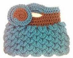 So cute this crochet bag!