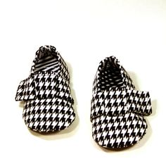 Baby Boy Shoes  Black and White Houndstooth  The by yieldedtosew, $22.00