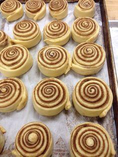 Cinnamon rolls on my Cake Day:) : Baking Cake Day, Dessert Recipes, Desserts, Cinnamon Rolls, Scones, Muffin, Cookies, Baking, Breakfast