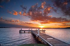 Sunset in Belmont, Lake Macquarie, New South Wales, Australia. (north of Sydney) Beautiful World, Beautiful Places, Beautiful Sunset, Amazing Places, Summer Sunset, Sunset Lake, Sunset Photos, Belleza Natural, Belle Photo