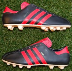 huge discount c4617 72d1a Adidas Boots, Adidas Football, Vintage Adidas, Chile, Trainers, Gears,  Soccer