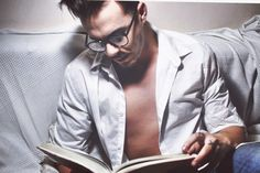 #style#menstyle#men#life#model#relax#read#book#fashion