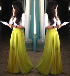 A well tailored pair of Pallazo can make all the difference!Give me ALL the palazzo pants!Love love this style!Target : Expect More Pay Less Western Outfits, Western Wear, Indian Dresses, Indian Outfits, Pallazo Pants, Modest Fashion, Fashion Outfits, Hijab Style, Indian Designer Wear