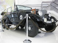 Adolf Hitler's Mercedes on display Vintage Cars, Antique Cars, Mercedes Benz, 6x6 Truck, Classy Cars, Classic Mercedes, Military Vehicles, Cars And Motorcycles, Wwii