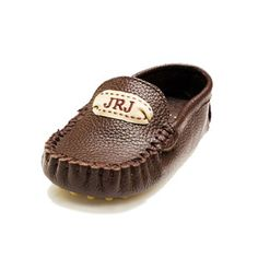 Monogrammed Baby Moccasins | Babble