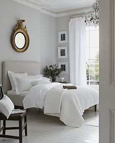 Sophisticated Modernist // white bedrooms