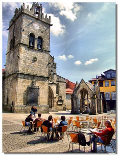 I miss this sooooo much!! having coffee surrounded by monuments. Guimarães, Portugal