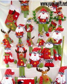 Handmade Cloth Art for Christmas decoration from Quanzhou Ruihua Crafts Company/China Felt Christmas, Christmas Holidays, Christmas Crafts, Merry Christmas, Christmas Decorations, Christmas Ornaments, Seasonal Decor, Holiday Decor, Felt Crafts