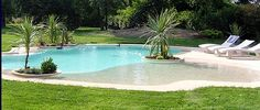 Having a pool sounds awesome especially if you are working with the best backyard pool landscaping ideas there is. How you design a proper backyard with a pool matters. Outdoor Pool, Outdoor Spaces, Outdoor Gardens, My Pool, Beach Pool, Backyard Beach, Beach Entry Pool, Piscine Diy, Living Pool