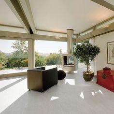Modern lounge floor tiled with light grey sandstone effect matt porcelain tiles Large Floor Tiles, Tile Floor, Porcelain Tiles, White Porcelain, Modern Lounge, Interior And Exterior, Off White, Pergola