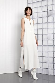 http://www.style.com/slideshows/fashion-shows/resort-2016/tess-giberson/collection/3