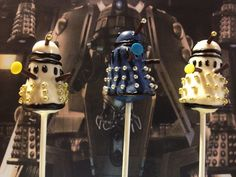 Daleks of the Day: Dalek Cake 'Pops' of the Week Dalek Cake, Doctor Who Party, Chocolate Cake Pops, 9th Birthday, Birthday Cakes, Geek Out, Cupcake Cookies, Cupcakes, Convenience Food