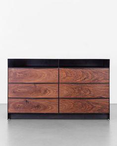 "745 Me gusta, 9 comentarios - Uhuru Design (@uhurudesign) en Instagram: ""Best dressed Our Franklin dresser in claro walnut and hand-blackened steel. . . #franklin #dresser…"""