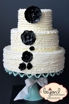 Elegant Modern Rustic Shabby Chic Winter Black Ivory Flowers Round Ruffles Wedding Cakes Photos & Pictures - WeddingWire.com
