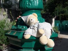 Lost on 20 Jul. 2015 @ London. My dougther lost het teddybear from Harrods, she got it when she was born 11years ago, he was with her these 11years, she is inconsolable,... ha anyone seen the fellow, he must be missing her too, ... Visit: https://whiteboomerang.com/lostteddy/msg/4me1vn (Posted by Wouter Wilms on 15 Aug. 2015)