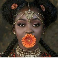 ✨MELANIN ✨ When your HAIR+ ACCESSORIES speaks for you! :# @mirah_mufasa  #Beauty #BijouQueen #melanin #hair #accessories #naturalbeauty #couturejewelry #jewelry #fashion #fashionaccessories #virginhair