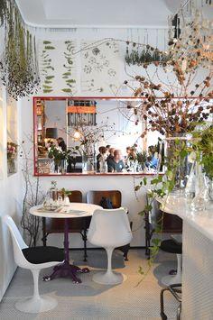 Landet Järna, flowershop   Hornsbruksgatan 24   Stockholm