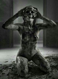 Women of Horror and Violence Horror Art, Skull, Skull Art, Dark Fantasy, Art, Dark Photography, Dark Art, Dark, Dark And Twisted