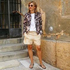 #tarracostyle #oufit #moda #instastyle #oufitoftheday #stretstyle #tarracopower #fashionbag #fashionlook #otherstories  #tarracostyle #instamodas #troussers #instastyle #oufitoftheday #cute #cool #love #chic #inspiration #instagramers #instabloger #influencers #gonzalosirgo #mystyle #instafoto #instamomentos #bomberjacket