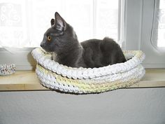 T-shirts -> yarn -> crocheted kitty basket