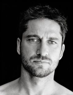 Mr. Gerard Butler...stick to the action movies sir and not the romantic comedies.