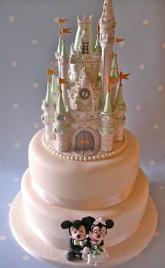 Happy Ever After wedding cake