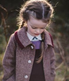 How sweet is this little lambswool tweed coat? Large lapels, burgundy corduroy trims and generous patch pockets which are perfect to store nature walk treasures. There is a matching hat available which sets it in a different era! Childrens Coats, Tweed Outfit, Herringbone Coat, Tweed Coat, Little Doll, Donegal, Inspiration For Kids, Kid Styles, Handmade Design