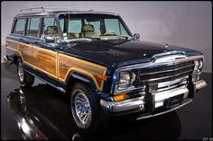 Jeep Grand Wagoneer (1984-1991) by fabvt, via Flickr