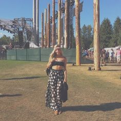 @leslieakay looking fab in her daisy skirt and bandeau! #ootd #regram #svmfstyle #ardenerocks #squamish