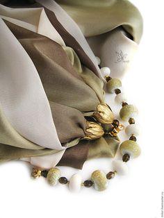 """Купить """"Бэйлис"""" шарф - колье с браслетом лэмпворк. - шарф трансформер, платок трансформер, шарф с подвеской"""