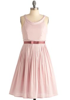Mauve-in Date Dress in Pink - I wish I could wear a dress like this.  So pretty and feminine.