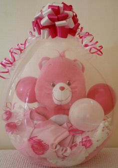 Stuffed animal and baby clothes inside balloon! so cute for baby shower! Balloon Crafts, Balloon Gift, The Balloon, Balloon Decorations, Balloon Ideas, Baby Shower Cake Sayings, Baby Shower Cakes For Boys, Baby Shower Gifts, Baby Ballon