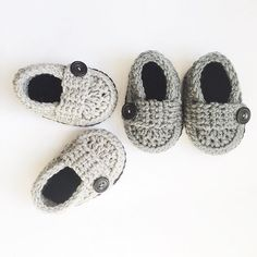 Button loafers in silver and titanium. Where is the grey heart emoji? Heart Emoji, Grey Shoes, Handmade Items, Loafers, Button, Instagram Posts, Silver, Fashion, Gray Shoes