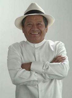 Armando Manzanero!! Yucateco 100% [ composer par excellence. And a son of the Yucatan]