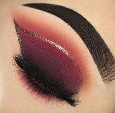 Gorgeous eye-makeup tips. Makeup Eye Looks, Beautiful Eye Makeup, Eye Makeup Art, Natural Eye Makeup, Eye Makeup Tips, Smokey Eye Makeup, Eyeshadow Makeup, Makeup Inspo, Makeup Inspiration
