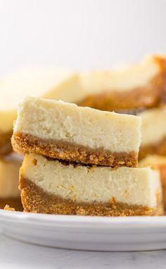 These New York-Style Cheesecake Bars are thick creamy and so easy! Perfect for almost any occasion! These New York-Style Cheesecake Bars are thick creamy and so easy! Perfect for almost any occasion! New York Style Cheesecake, Cheesecake Bars, Cheesecake Recipes, Fast And Easy Cheesecake Recipe, Cheesecake Toppings, Strawberry Cheesecake, Pumpkin Cheesecake, Baking Recipes, Cookie Recipes