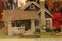 Scale Dollhouses and Scenes from the Spring 2012 Seattle Show: Quarter scale Sears Roebuck 'Avalon' house from a kit by Debbie Young, exhibited by Joane Forstrom at the Spring 2012 Seattle Dollhouse Miniature Show. Miniature Rooms, Miniature Houses, Miniature Gardens, Fairy Gardens, Dollhouse Kits, Dollhouse Miniatures, Vernacular Architecture, Architecture Design, Avalon House