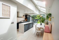 Side Return Extensions Project Side Return Extensions… – Home Renovation Kitchen Extension Side Return, Kitchen Diner Extension, Open Plan Kitchen Diner, Open Plan Kitchen Living Room, Large Kitchen Island, Wraparound Extension, Bungalow, Victorian Terrace House, Loft