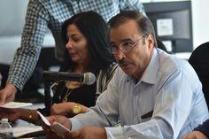 <p>Chihuahua, Chih.- El coordinador de la bancada del PAN Jesús Villareal pide a la Secretaria de Educación Publica del Gobierno Federal, con