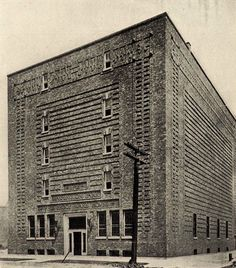 The Washington Park Fireproof Warehouse, Chicago, by Argyle E Robinson
